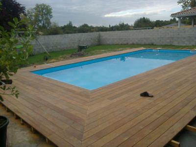 pose contour de piscine en cumaru au taillan medoc
